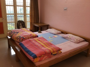 The cheerful room in my yogi cottage
