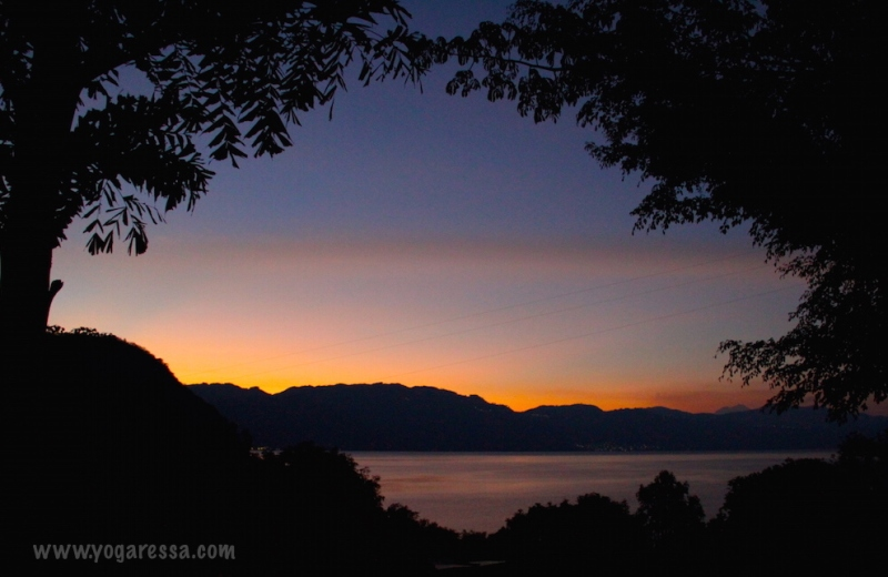 Lake-Atitlan-sunrise