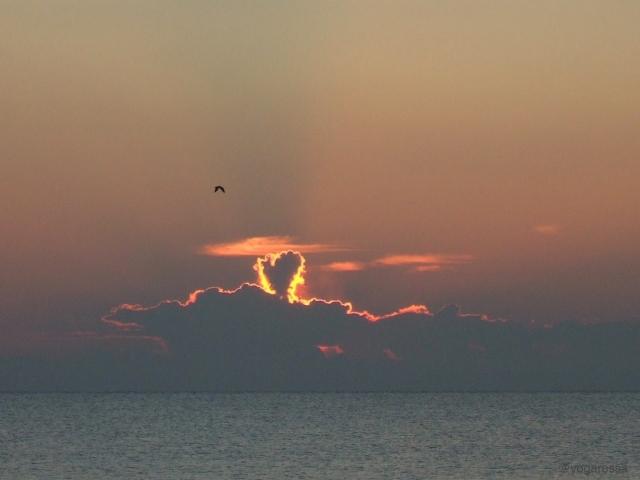 Sunrise heart cloud