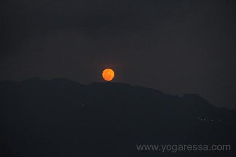 Moonrise-Lake-Atitlan_5698