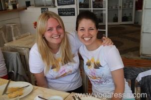 Yogabuddies-guatemala-yoga_5778