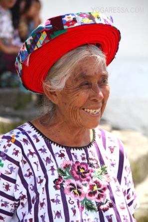 lake-atitlan-women-headdress-7410