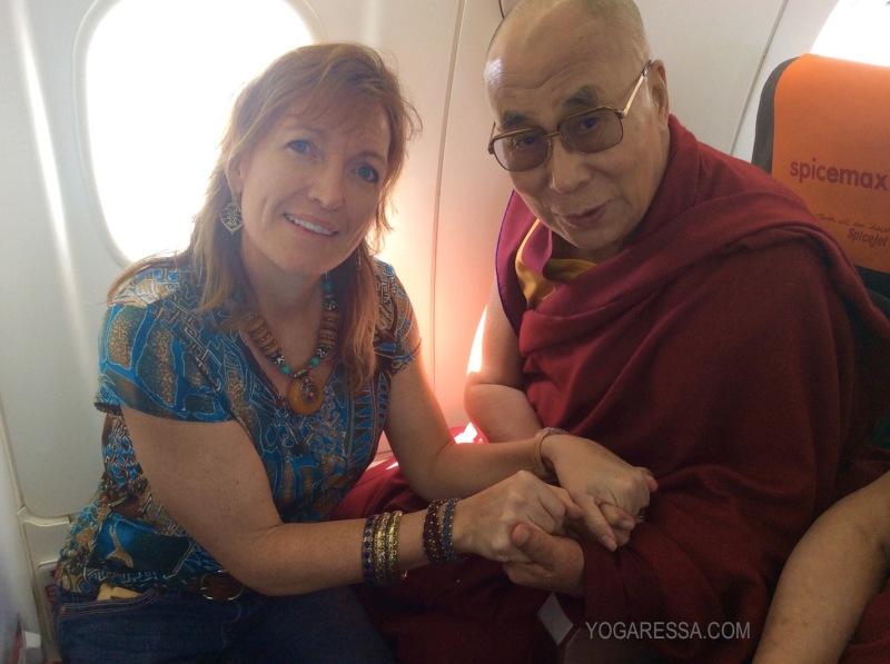 Dalai-Lama-yogaressa