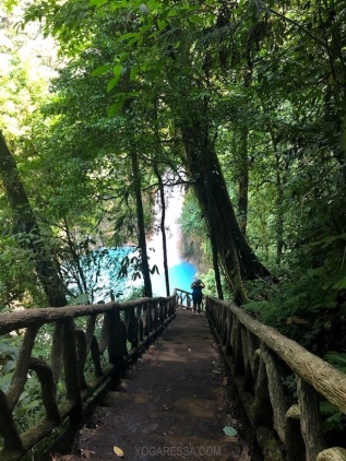 IMG_0720i-yogaressa-costa-rica-waterfall