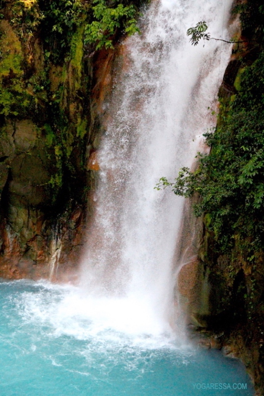 IMG_0741-yogaressa-costa-rica-waterfall