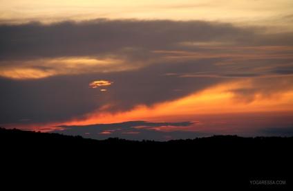 IMG_0930-yogaressa-costa-rica-sunrise
